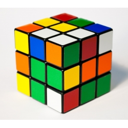 CUBO DE RUBIK 3x3. MAGIC CUBE